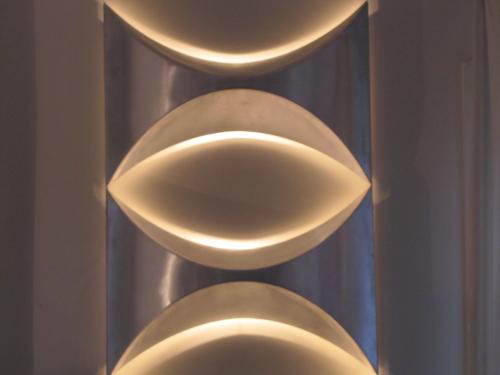 0_Appliques-aluminium-annees-70-P.jpg