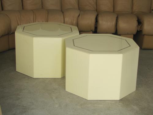 bouts-canape-laque-creme-1970-1.jpg