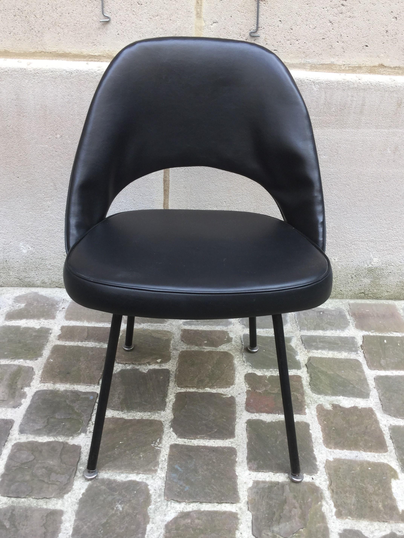 Saarinen-chaise-confrence-1.jpg